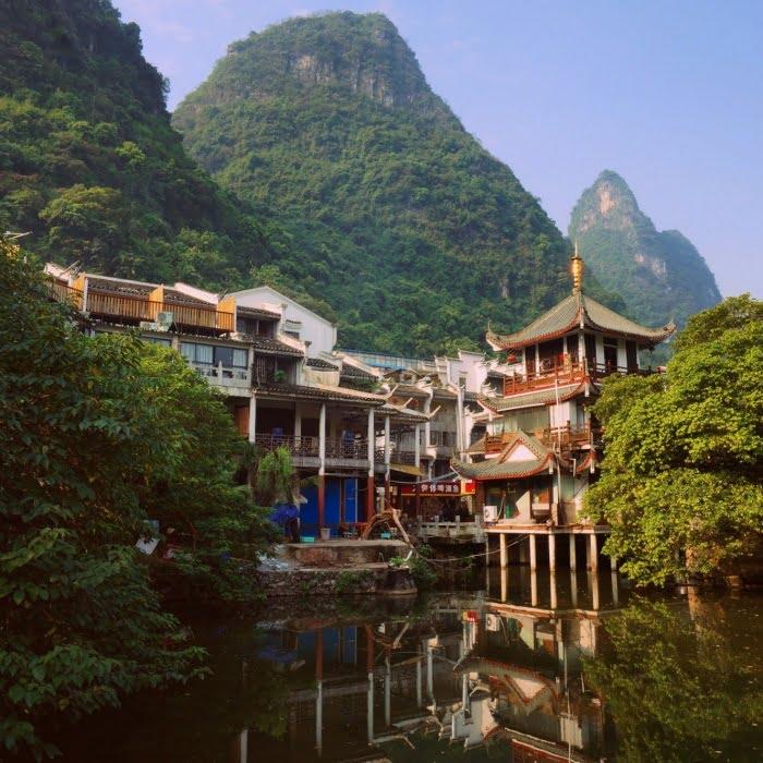 Pagoda-by-the-lake