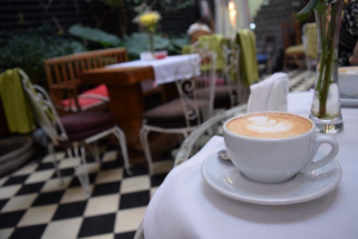 Cafe de la Candelaria, Santiago