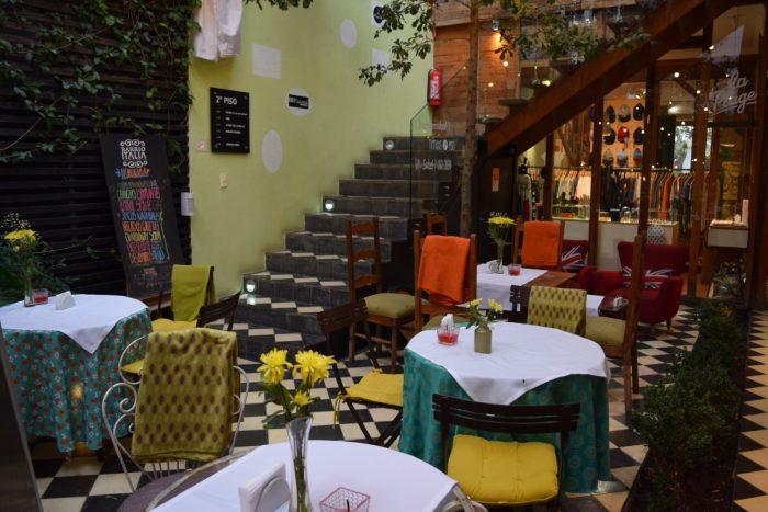 Cafe de la Candelaria in Santiago