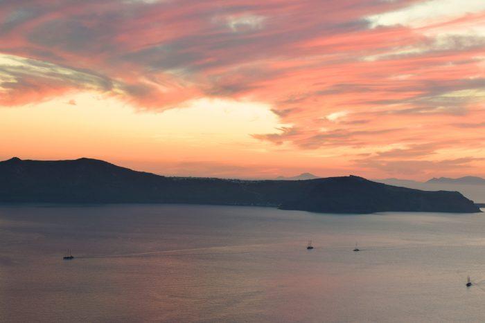 santorini-sunset-fira