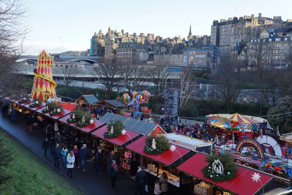 5 Reasons to Visit Edinburgh at Christmas