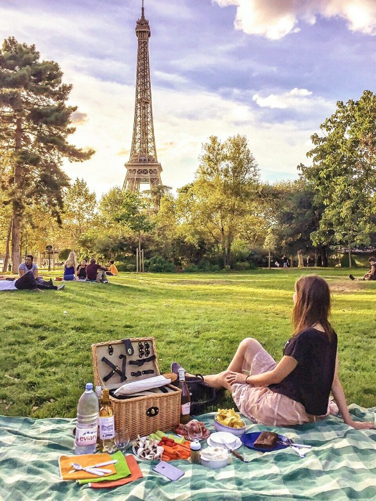A Parisian picnic is a great way to save money in Paris.